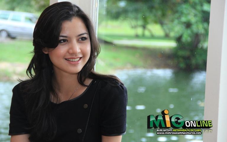 November 24, 2011 November 24, 2011 • MiG Online