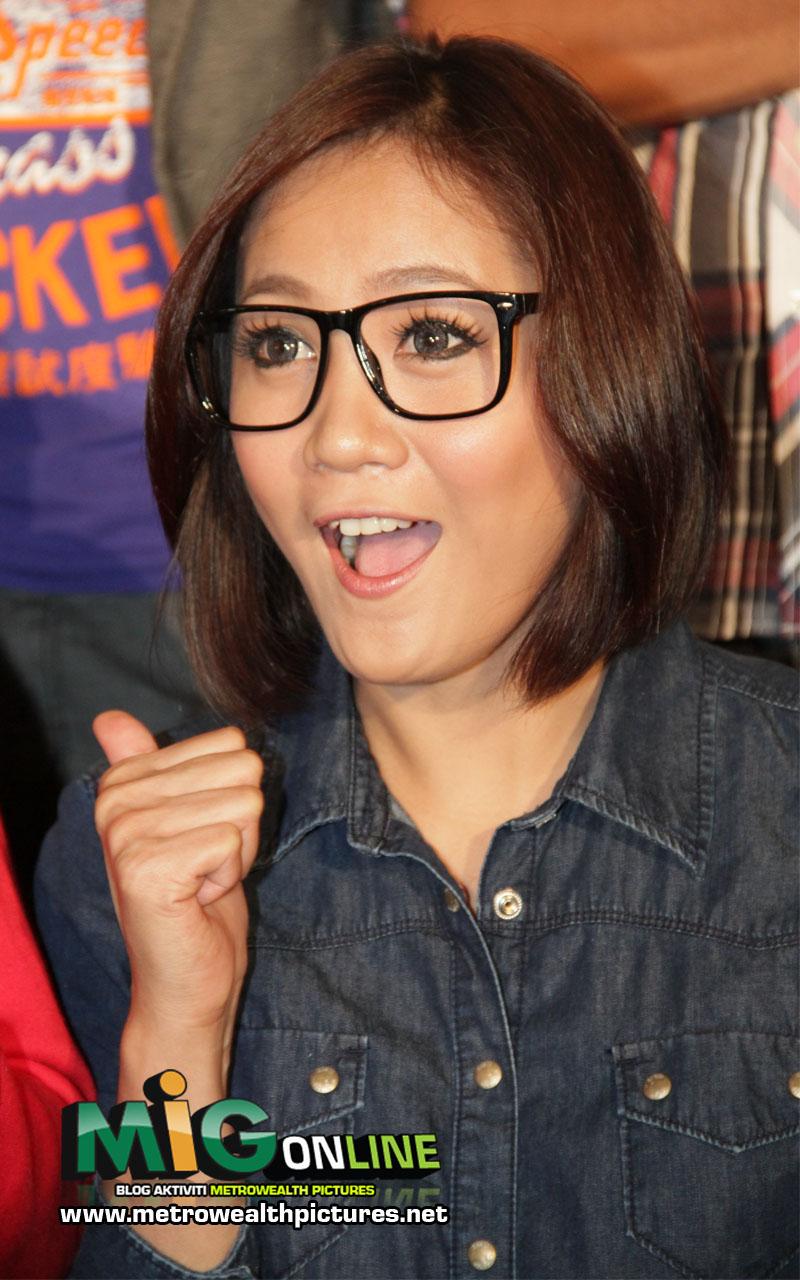 GAMBAR] Haruslah Tengok Gambar Cute Yana Samsudin!