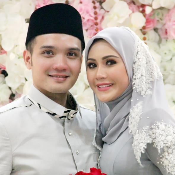 Majlis Akad Nikah Erin Malek & Farriz Fauzy cover